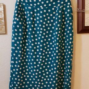 Polka dot pencil skirt with pockets!